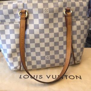 Handbags - Extra pics of inside of Louis Vuitton Totally azur